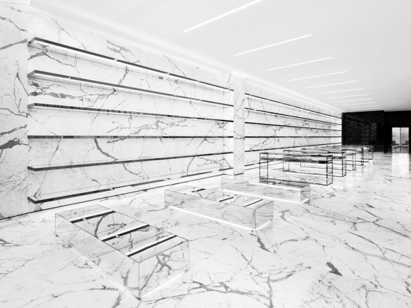 SAINT LAURENT STORES_RODEO DRIVE WOMEN_HR_01s